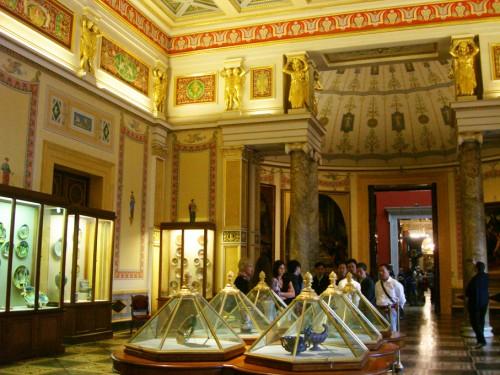 saint petersburg muze eserler