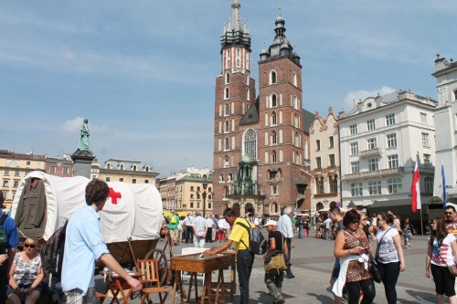 krakow market meydani katedral