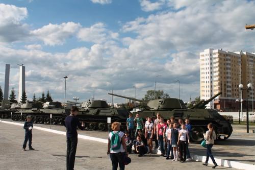 rusya zafer kutlamalari tanklar